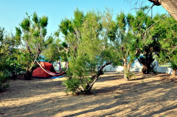 Camping in Greece - popular and affordable camping by the sea