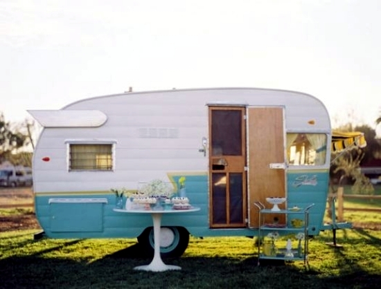 Camping with caravan - useful checklist before you leave