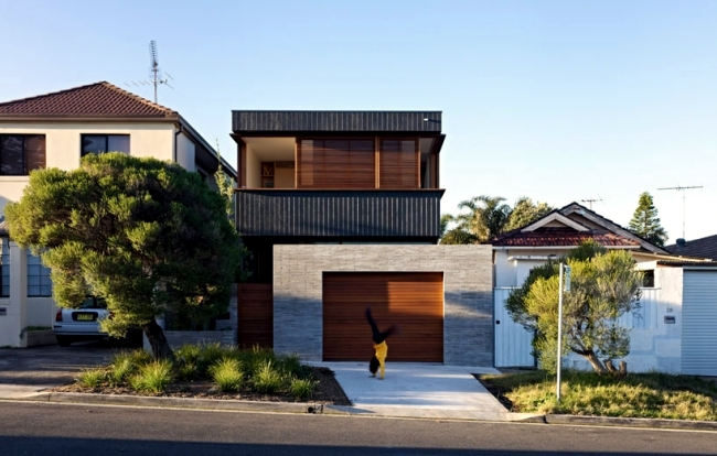 Chic beach house design with modern interior design in for Beach home designs nsw