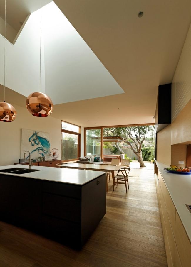 Chic beach house design with modern interior design in for Interior designs sydney
