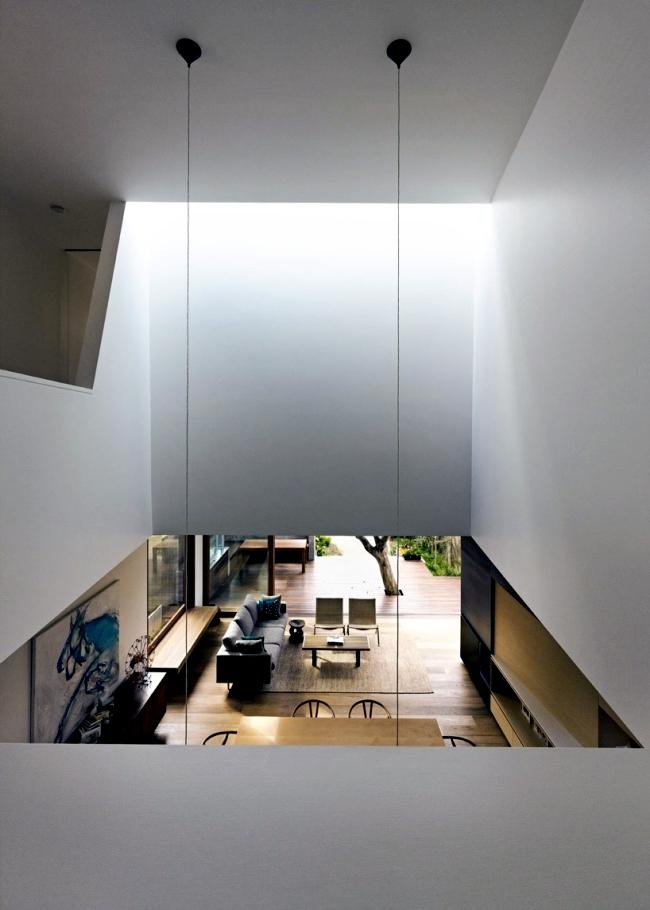 Chic beach house design with modern interior design in Sydney