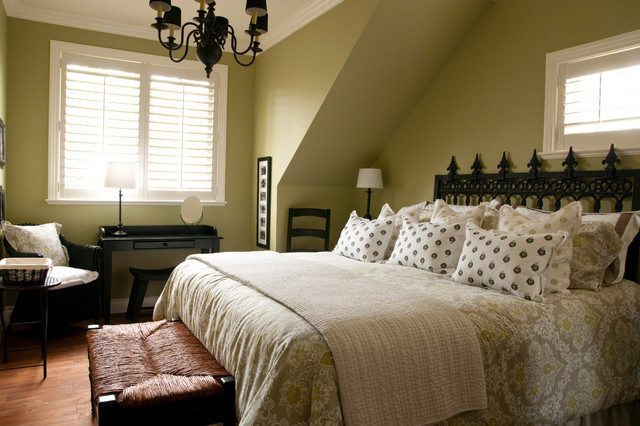 Classic bedroom colors make for healthy sleep