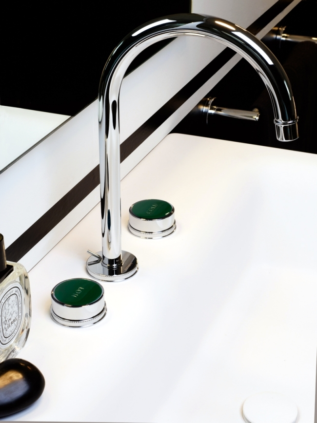 Classic meets modern: basin faucet Savoy by Zucchetti