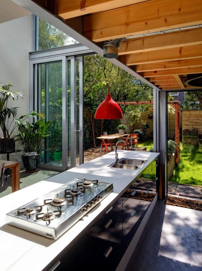 Contemporary home remodeling project personnel Architecture