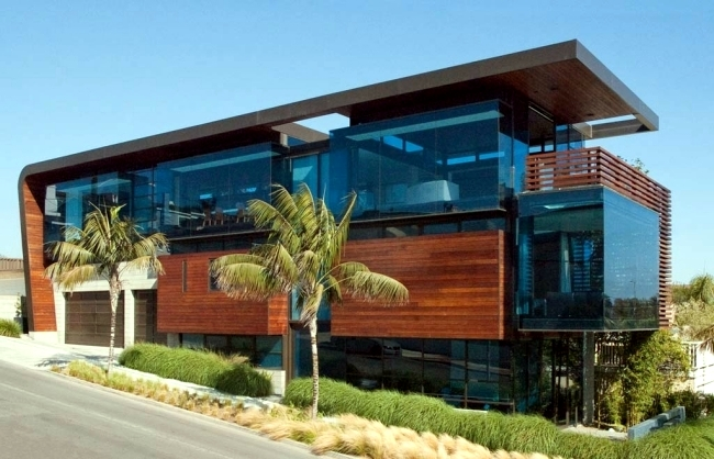 Contemporary House With Wood Facade Cladding By Studio