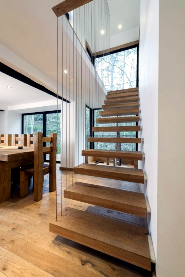 Conversion of a mill is a house with rustic furnishings