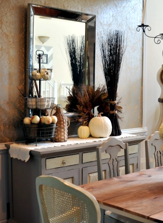 Fall Decorating Ideas For An Elegant Dinner In A Rustic Retro Style