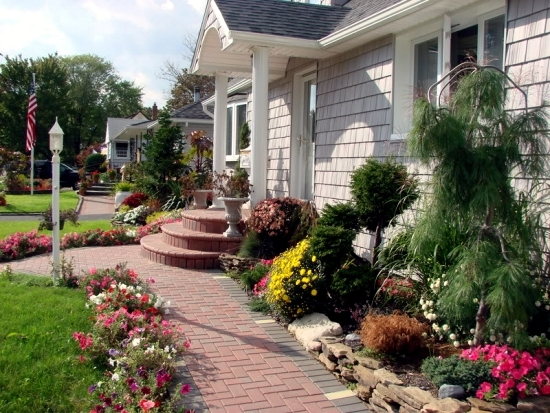 Creating A Garden Path Advantages Of A Floor Covering Made