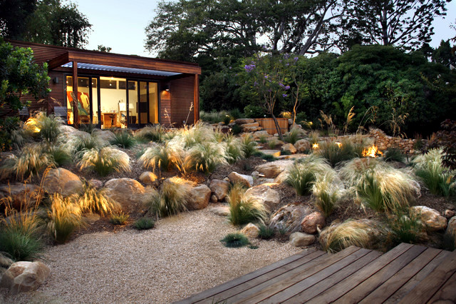 Creating a rock garden - the versatile application of boulders