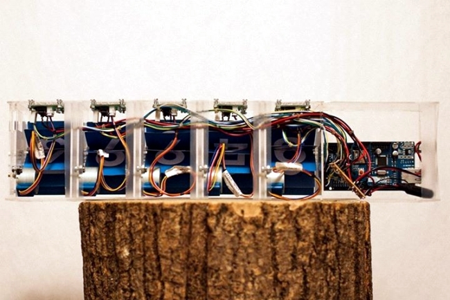 Creative Designer Device Smiirl counts of Facebook fans in real time