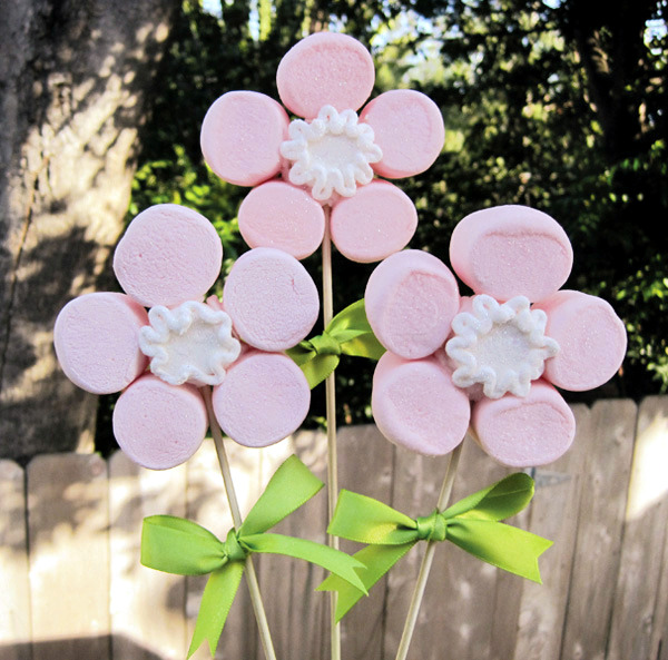Creative Mother's Day gift by your own flower from marshmallows