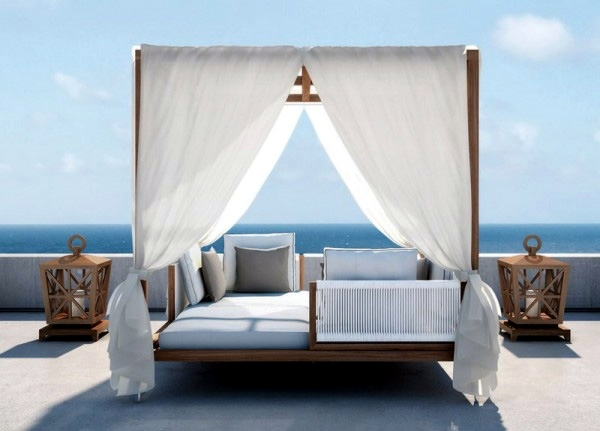 Day bed design ideas for cozy reading corner in the house for Pool canopy bed