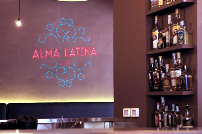 Decorating a restaurant