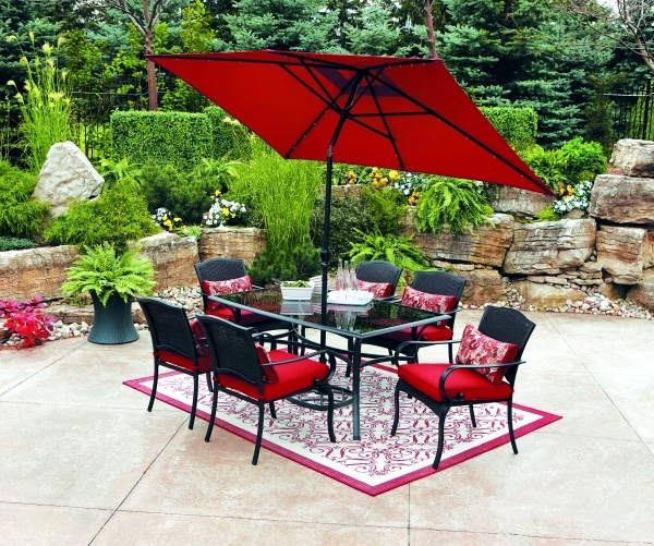 Design ideas and essential items for the outdoor dining ... on Patio Dining Area Ideas id=73434