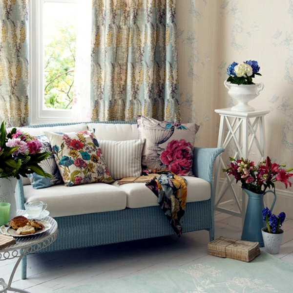 Cool Living Room Decorating Ideas: Cool Decorating Ideas With Sofa