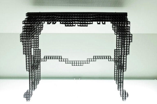 Designer furniture made of wire mesh shimmer as dynamic afterimages