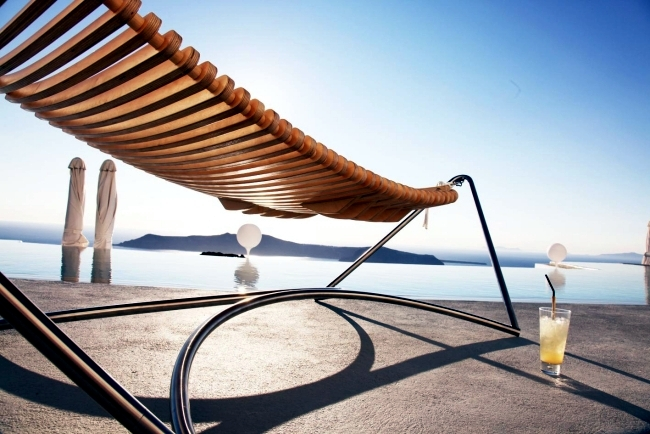 Designer hammock with metal frame - that holiday feeling at home