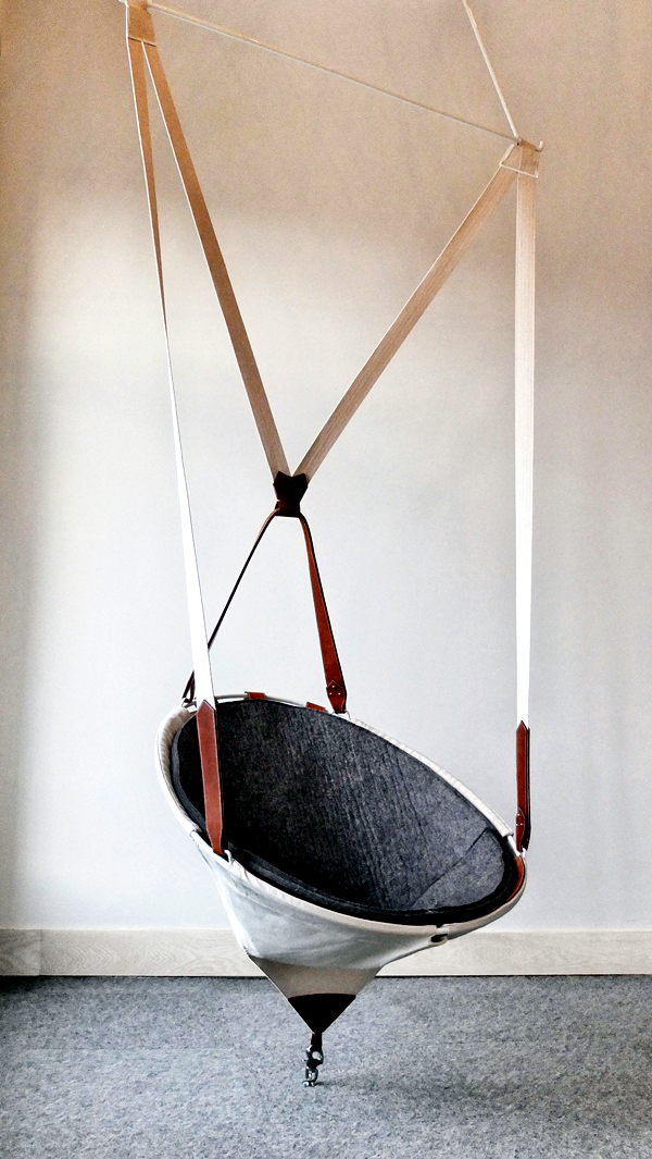 Designer hanging chair frame thrilled with natural look