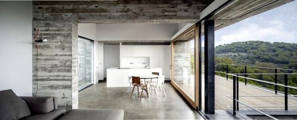 Designer villa in Spain reflects the Mediterranean atmosphere