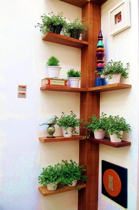 Designs for your self made corner shelf space saving Kitchen self design
