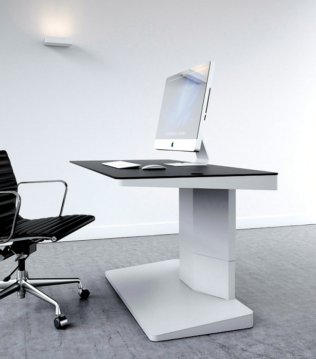 Desk Design by Kembo impressed with flexibility and style