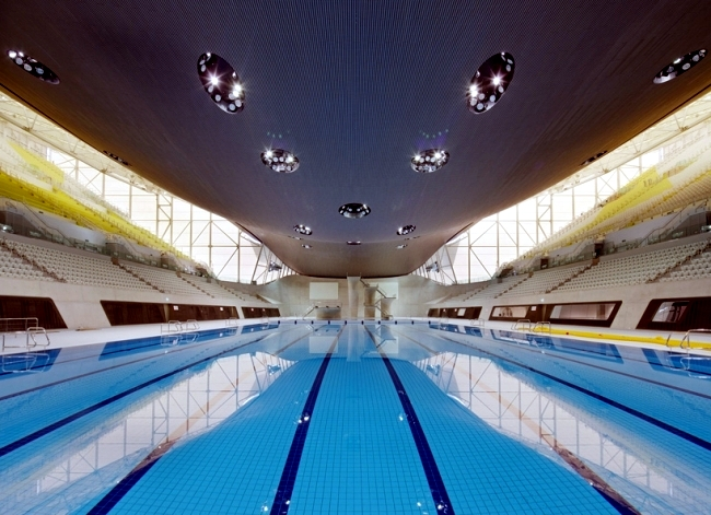 Dominated The Swimming Pool In London By Zaha Hadid Glass Light And Concrete Interior Design