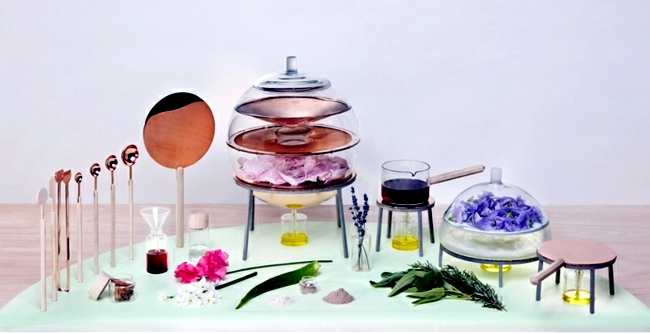 Cosmetics manufacture itself interior design ideas for Beauty parlour dressing table