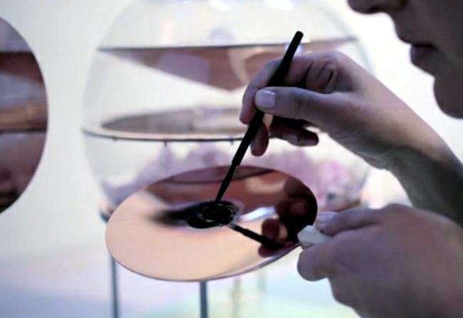 Dressing table design vents the secret of eternal beauty