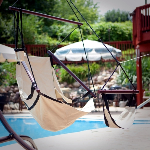 Enjoy pure relaxation - hammocks and hammock chair with wooden frame