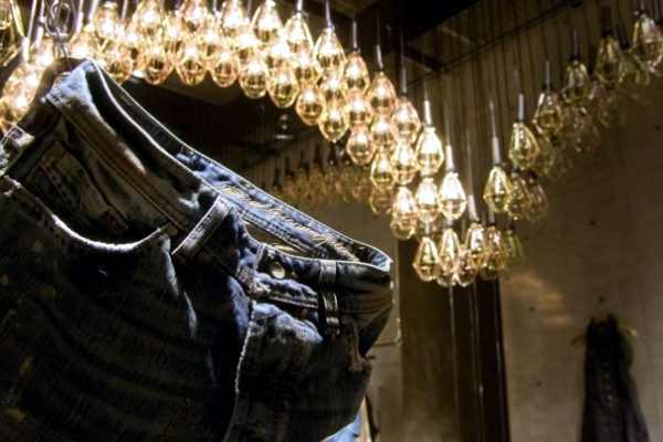 Floating light installation by Ayako Maruta in Diesel Denim Gallery