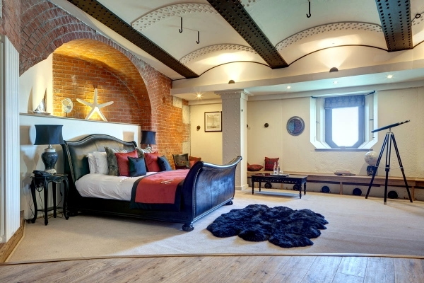 Former fortress as a hotel in the sea offers memorable stay