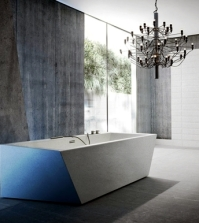 freestanding-bathtub-gives-the-bathroom-refined-look-0-1965447541