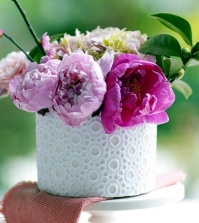 fresh-craft-ideas-for-mother39s-day-making-flower-arrangements-themselves-0-330922736