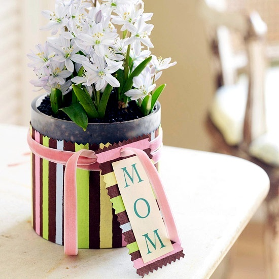 Fresh craft ideas for mother39s day making flower arrangements themselves 10 330922736