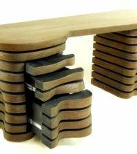 furniture-design-handmade-desk-with-attractive-shape-0-1738769123