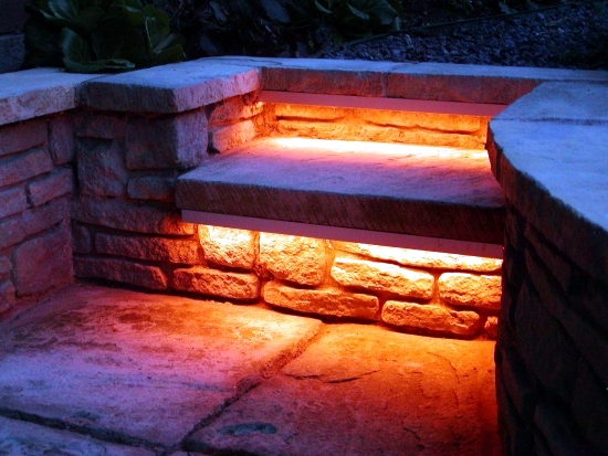 Garden and landscape planning - atmospheric lighting in the garden