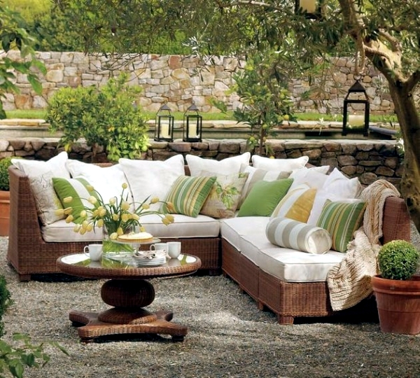 Beautiful And Modern Outdoor Furniture Garden Ideas: Garden Furniture Made Of Wicker