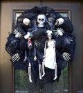 halloween-garden-decorations-ideas-with-skeletons-skulls-and-bones-0-2031797998