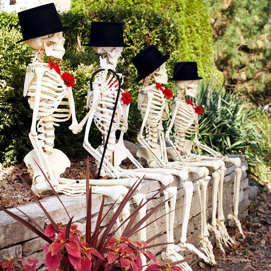 Garden Decorations Ideas With Skeletons Skulls And Bones
