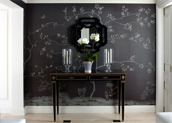 Hand-painted Chinese silk wallpaper with Chinoiserie floral pattern
