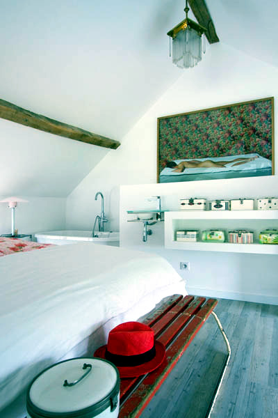 House burgundy by Josephine Interior Design