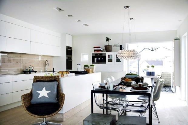 House interior sea interior design ideas ofdesign for Sea interior design ideas