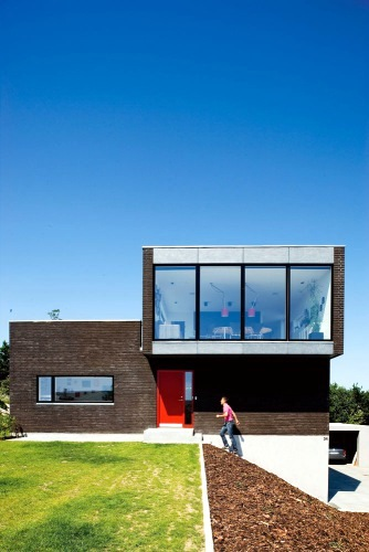 house with roof terrace