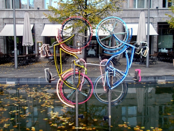 Ideas for short breaks in the spring - Top 5 Cities for Bike Tours