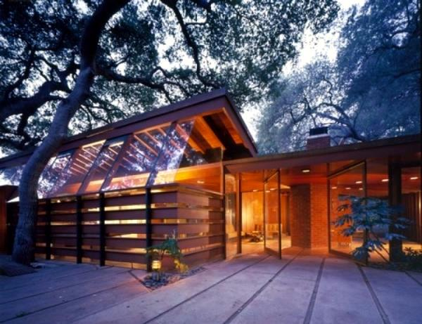In the lead role 4 modern houses from famous hollywood for Modern house roleplay