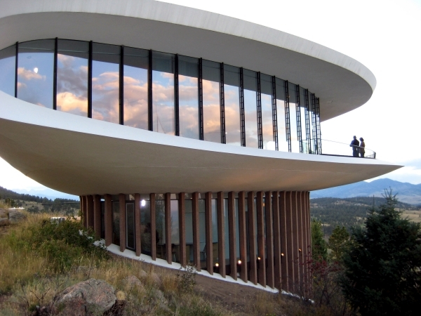 The lead role – 4 modern houses from famous Hollywood films ...