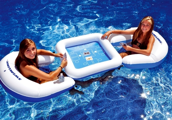Relaxation Station Pool Lounge: Inflatable Garden Furniture Designs Provide Comfort And