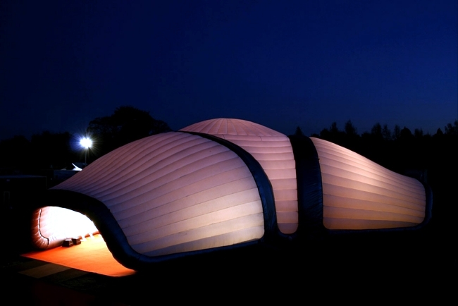 Inflatable Turtle Offer Flexibility In Outdoor Events
