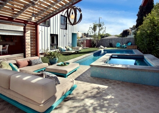 Install the hot tub in the garden – 25 ideas to make the patio ...