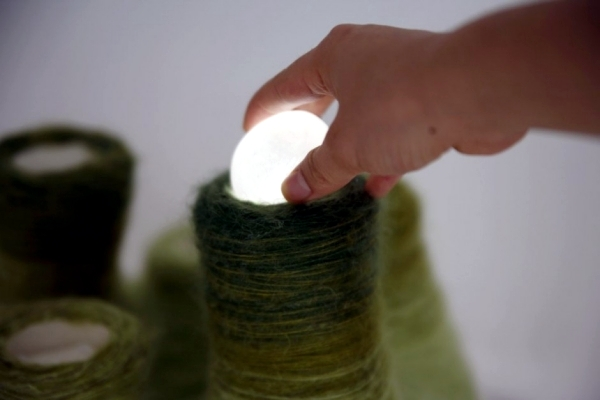 Interactive light sculpture by Tomomi Sayuda plays beautiful sounds